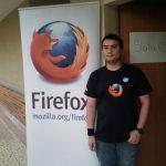 Antes de entrar a la charla de Firefox