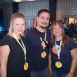 Con Michaela Thayer y Carmen Collins
