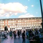 Paseo  por la plaza mayor de Madrid