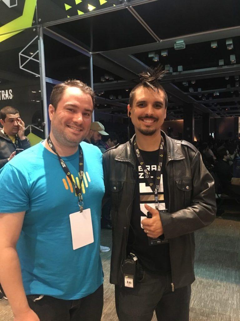 Con Felipe Moura organizador del del BrazilJS Conf 2019