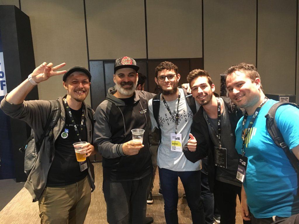 Con varios ponentes y asistentes del BrazilJS Conf 2019